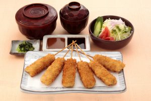 串かつ料理 活のトンロース定食